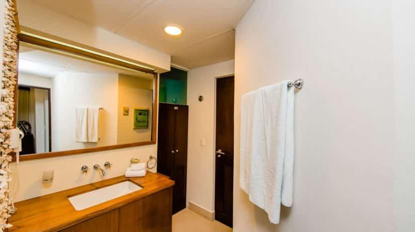 31 Bathroom 1