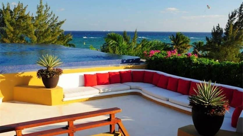 9 Seating Area Infinity Pool and Ocean
