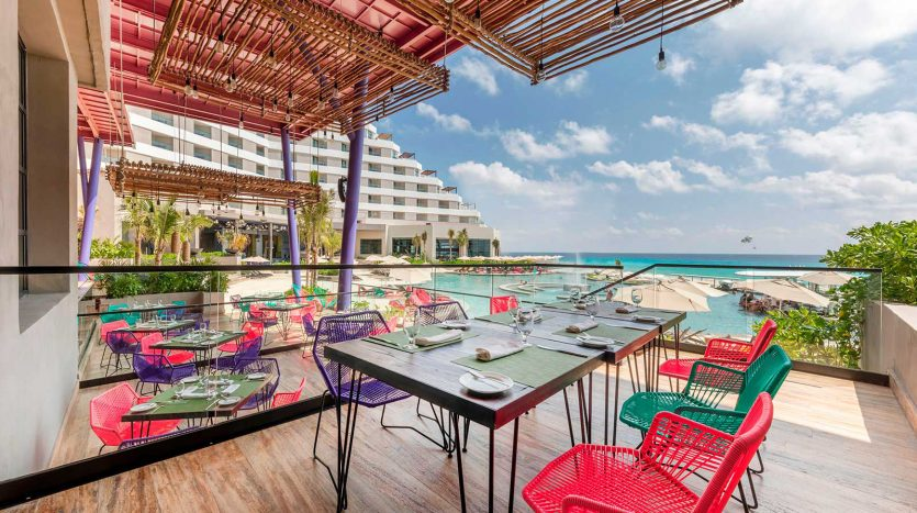 cancun hotel for sale 42 12 835x467 - Hotel for Sale #42