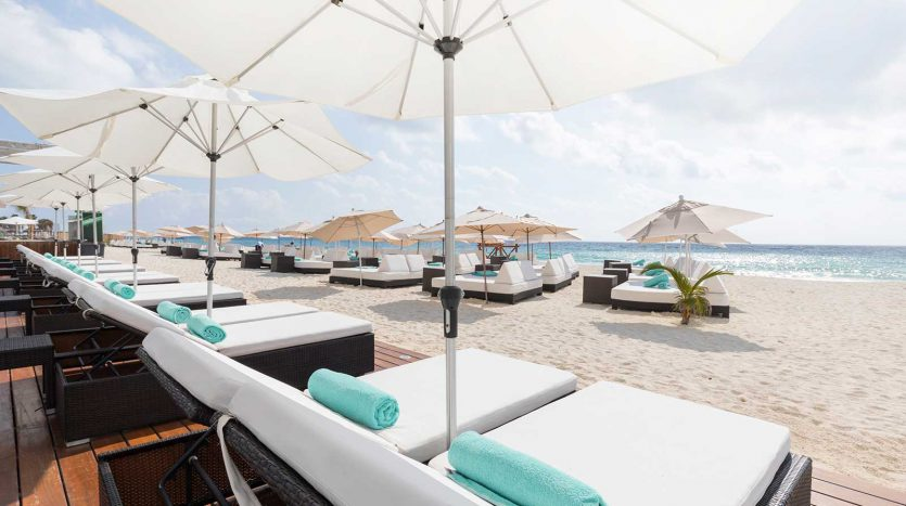 cancun hotel for sale 42 9 835x467 - Hotel for Sale #42