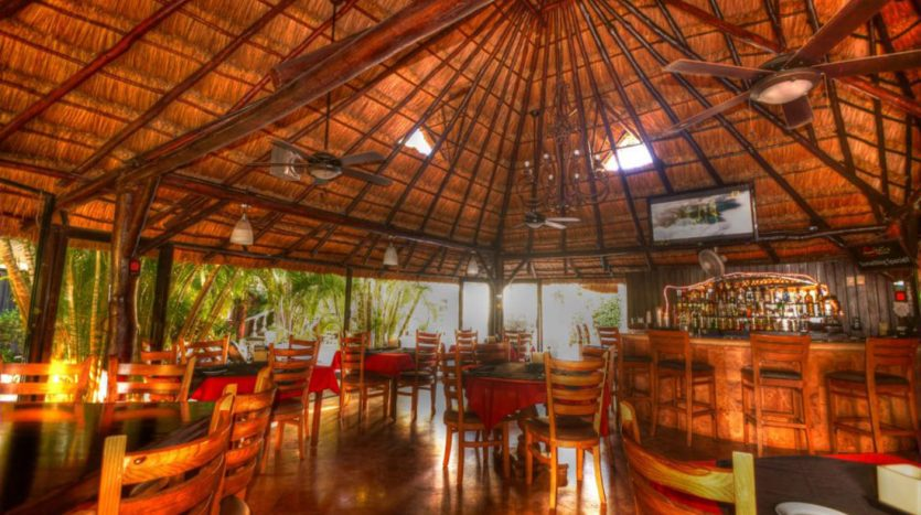 hotel for sale 22 playa del carmen 13 835x467 - Hotel for Sale #22