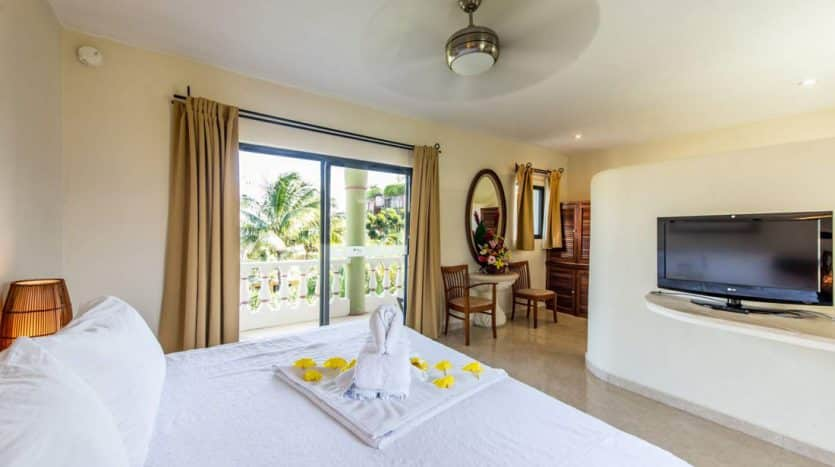 hotel for sale 22 playa del carmen 6 835x467 - Hotel for Sale #22