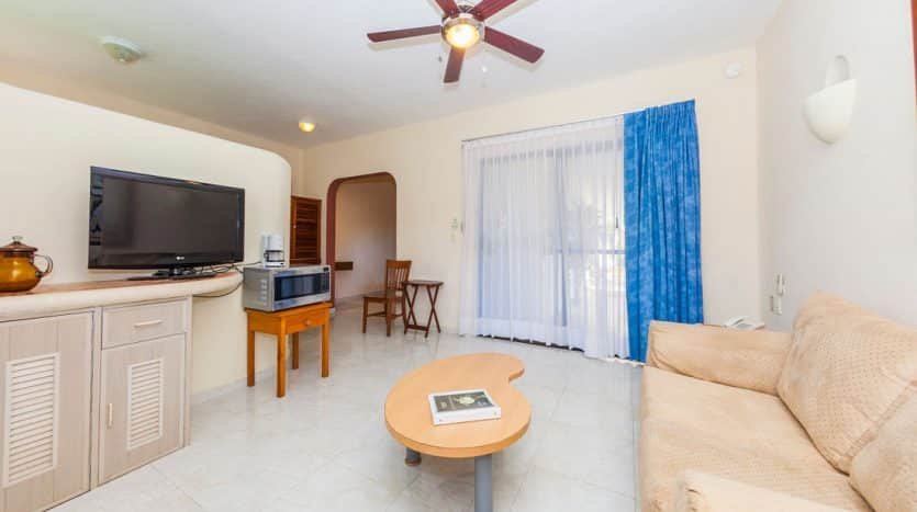 hotel for sale 22 playa del carmen 9 835x467 - Hotel for Sale #22