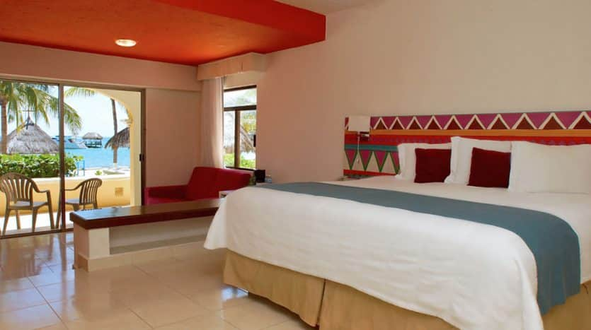 hotel for sale 50 cancun 4 835x467 - Hotel for Sale #50