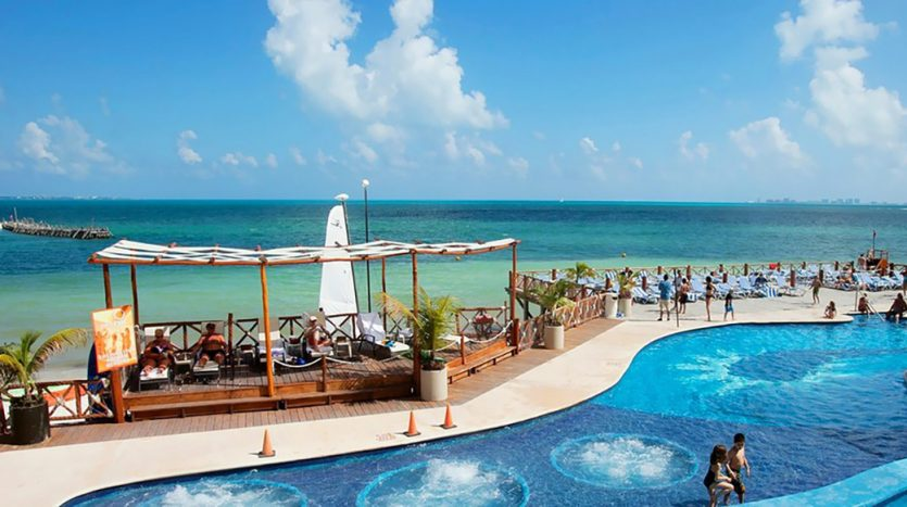 hotel for sale 50 cancun 7 835x467 - Hotel for Sale #50