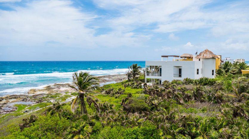 villa puerta azul beach front home akumal 1 835x467 - Villa Puerta Azul