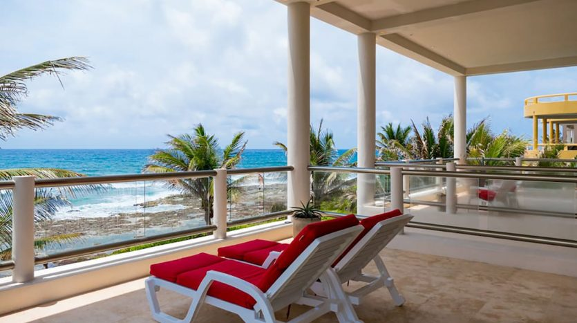 villa puerta azul beach front home akumal 8 835x467 - Villa Puerta Azul