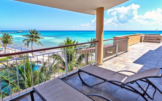 el faro playa del carmen 3 bedroom ocean view penthouse 6 525x328 - El Faro 3 Bedroom Penthouse