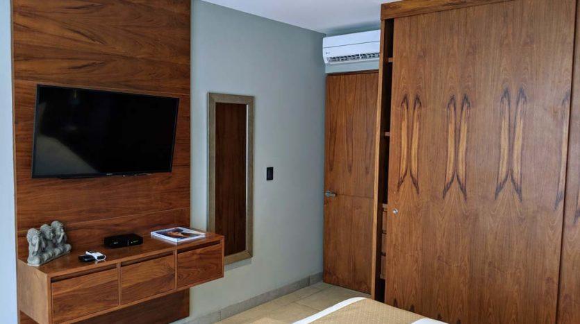 IT hotel 304 playa del carmen 2 bedroom condo 018 835x467 - IT Hotel 2 Bedroom Condo