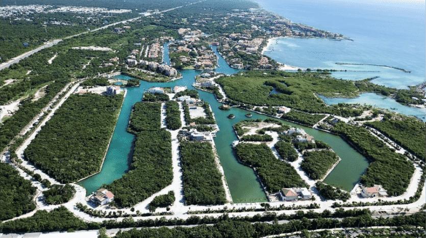 Phase 4 Marina Front Lot
