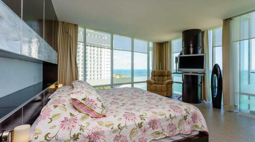 Punta Cancun 3 Bedroom Condo